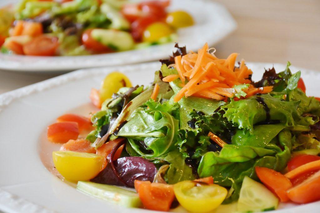 salatka-zdrowy-posilek